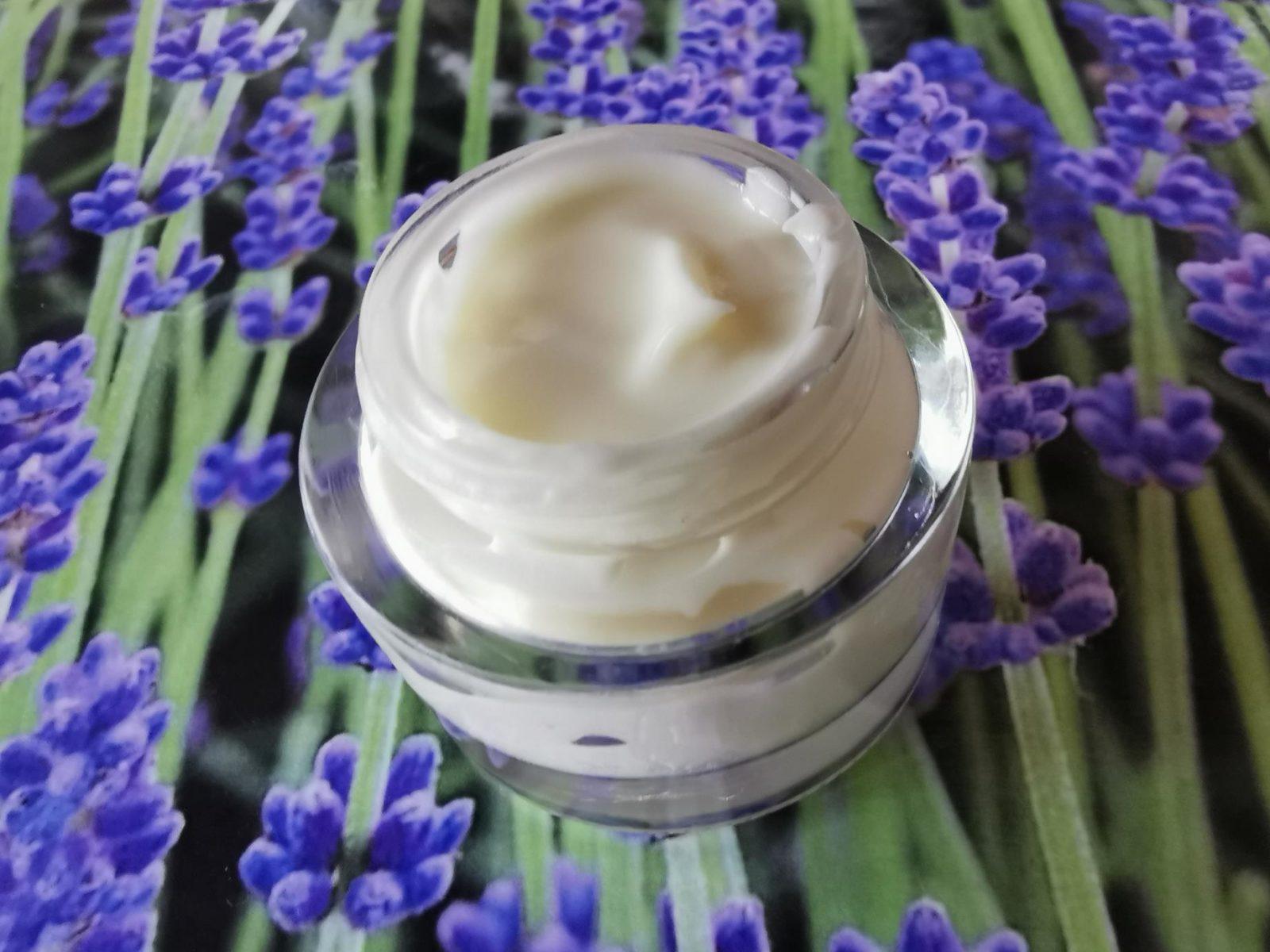 Atelier cosmétique - crème hydratante - Le Grimoire de Sandrine